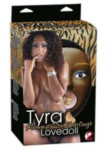 Tyra. fekete szexbaba 3 behatolási ponttal vibrációval